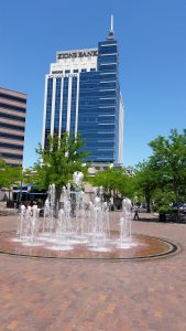 eighth-main-photo-with-fountain